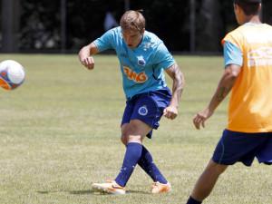 Willian Farias estreia no Brasileirão pelo Cruzeiro