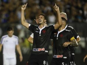 Thiago Galhardo marca e Vasco vence na Copa do Brasil